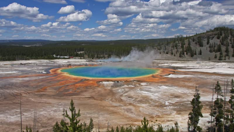 Yellowstone contains half of the globe's known geothermal features, and is home to an array of wildlife including grizzly bears, wolves and bison.
