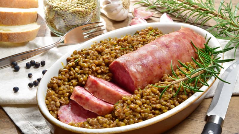 Cotechino con lenticchie is the yummy Italian pairing of sausage and lentils.
