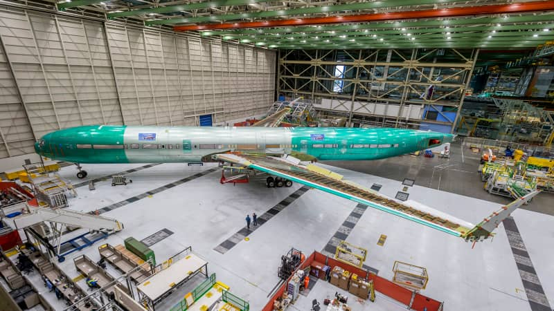 Boeing 777-9  static plane