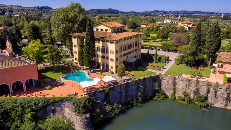 Villa la Massa is set on the banks of the Arno River.