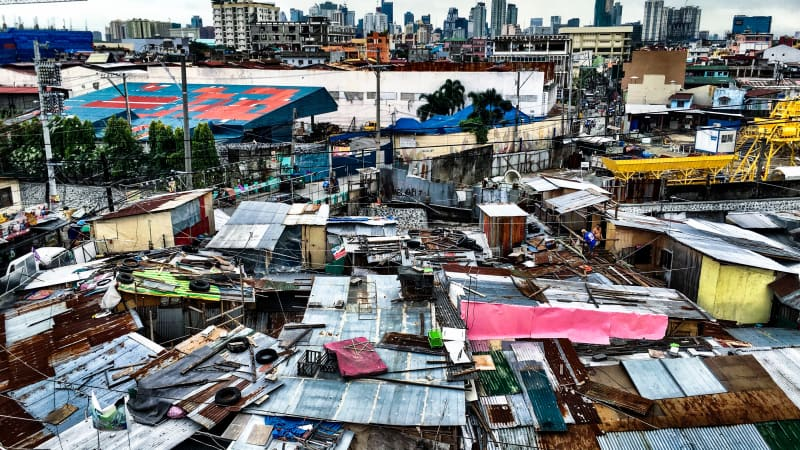 Bourdain didn't shy away from the messy or seemingly ugly parts of the places he visited. In Manila, he wandered the poverty-stricken streets in an effort to understand the country's troubled, violent past.