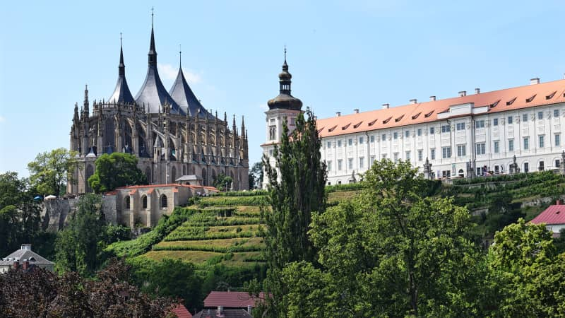Fantastic vista of the UNESCO-protected St. Barbara's Church in Kutná Hora