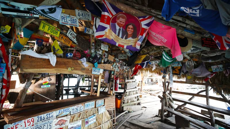 Floyd's Pelican Bar in Jamaica looking for bartender / Virgin Holidays partnership