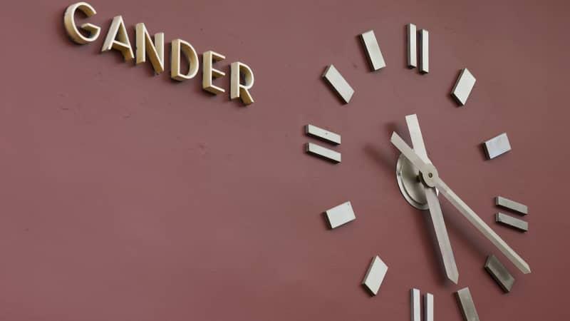 Gander-clock