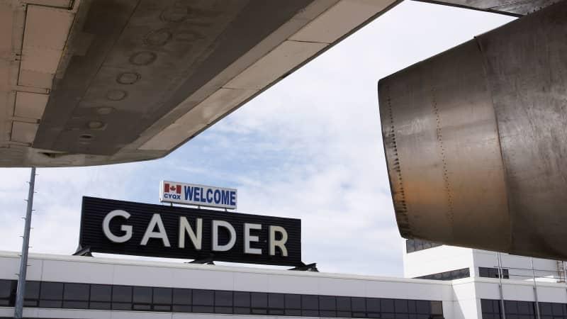 Gander-sign-and-turbine