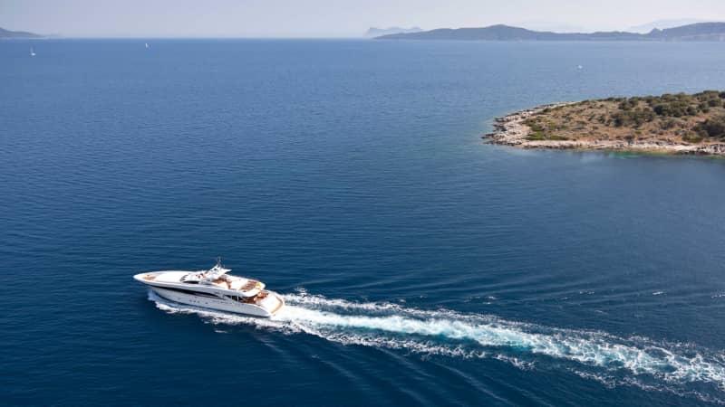 Superyacht-owner-Buka (9)