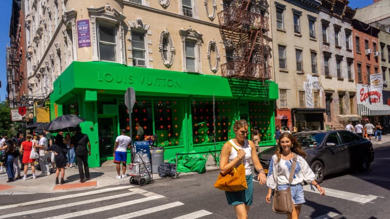 """The Lower East Side is """"grungy and trendy at the same time,"""" says stylist Brandy Joy Smith."""