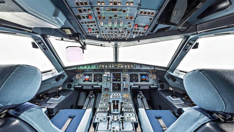 Airbus A320 cockpit-2 copy