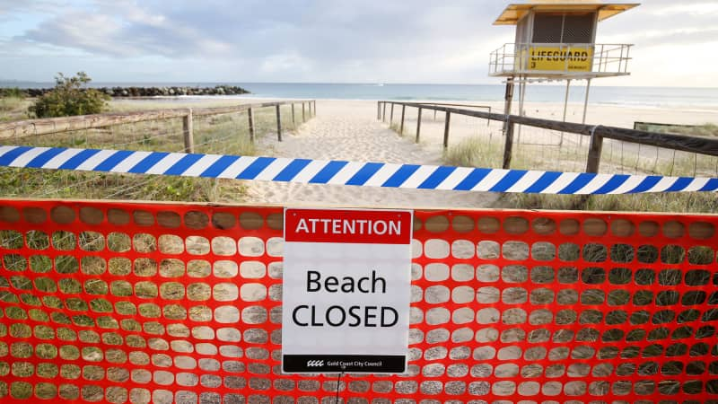 Gold Coast's Coolangatta Beach is now blocked from visitors.