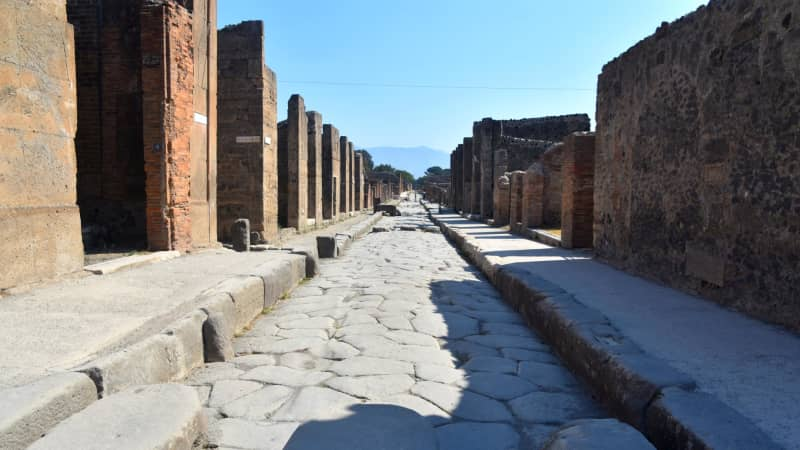 Pompeii was destroyed by a volcanic eruption in 79CE