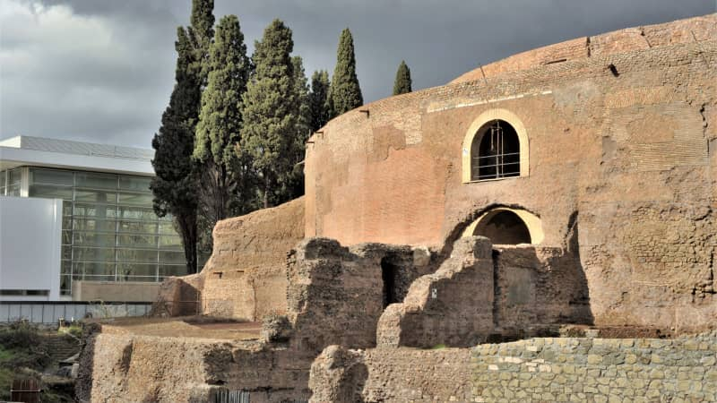 The Mausoleo di Augusto was the ancient world's largest circular tomb.