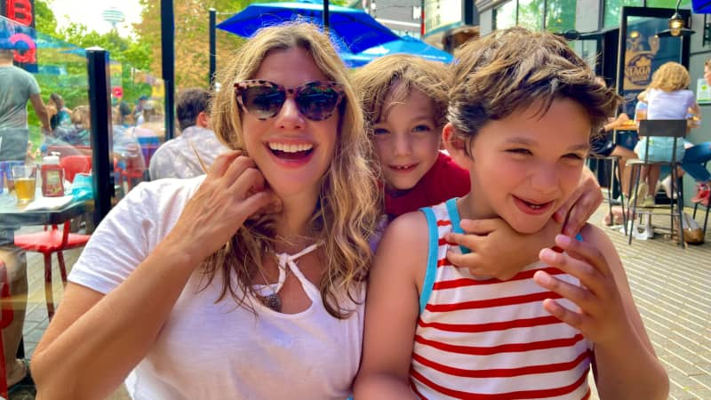 Rebecca Soffer and her sons in Niagara Falls.