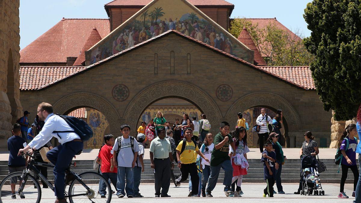 Stanford bans hard alcohol at campus parties - CNN