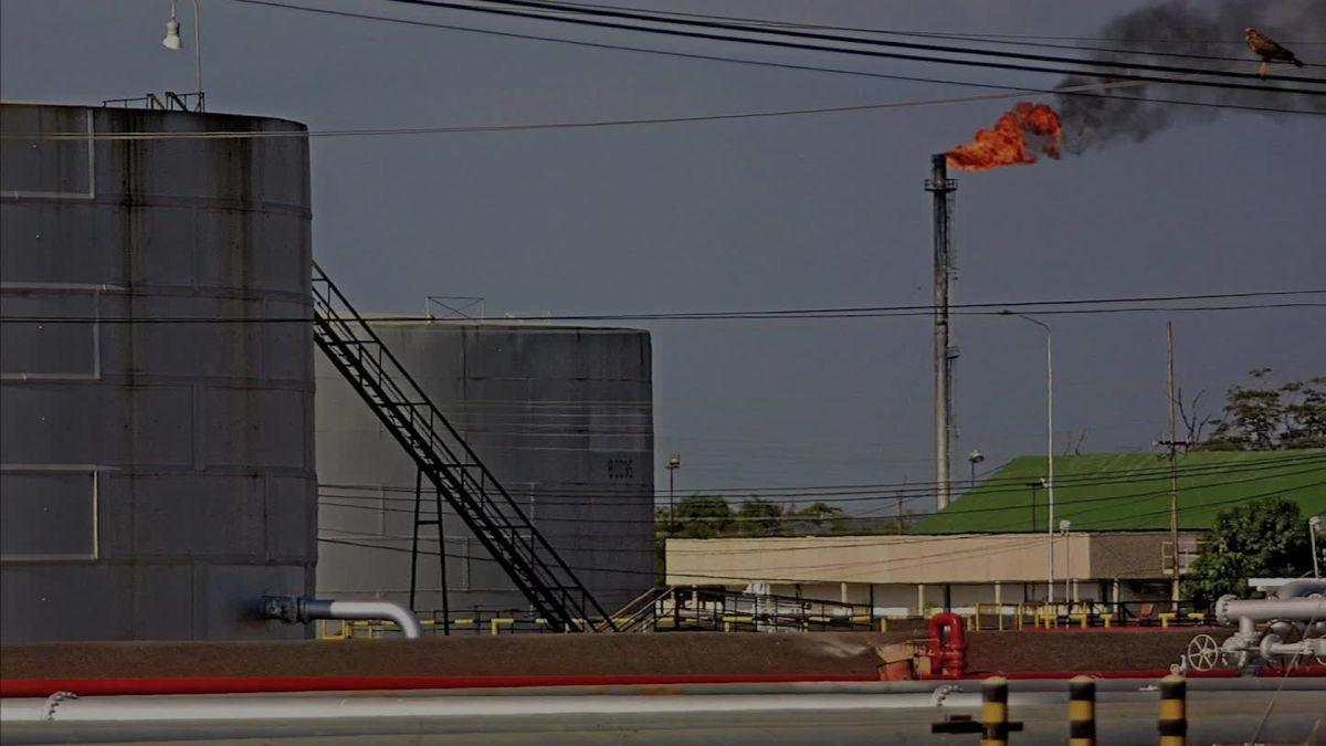 cnn.com - By Allan Dodds Frank - Who gets Venezuela's oil? Follow its debt