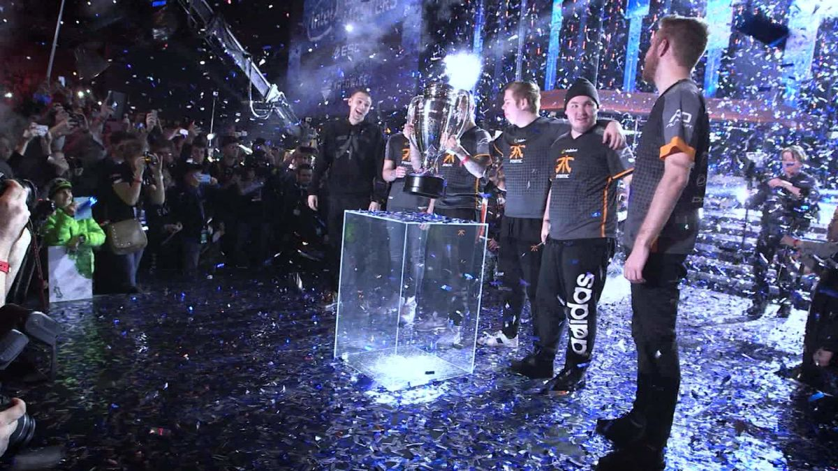 Don't know what eSports are? Don't worry! Watch this