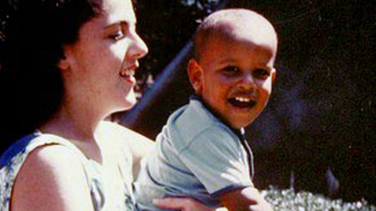 Obama explains why his mom's parenting style worked - CNNPolitics