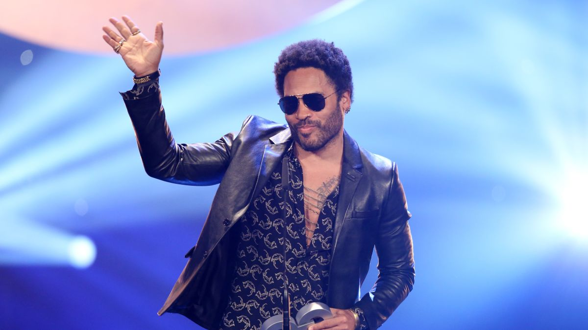 Lenny Kravitz Perfectly Sums Up His Friendship With Jason Momoa Cnn