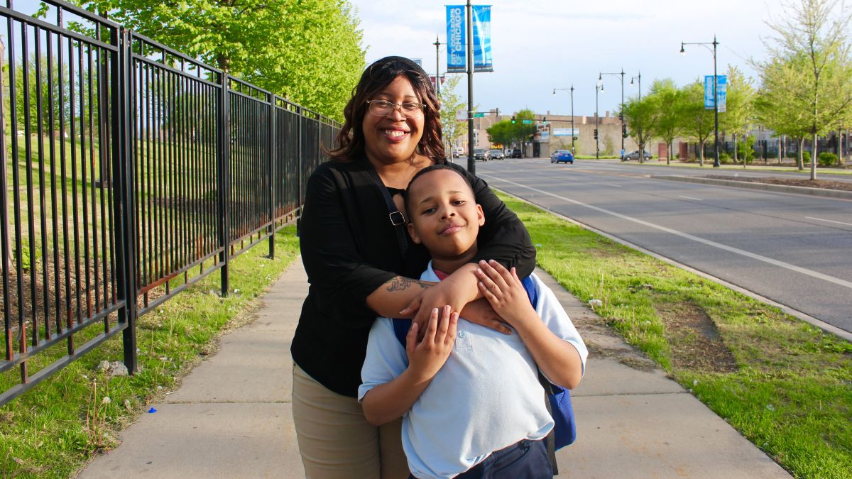 Why parents in tough Chicago neighborhoods fear after-school