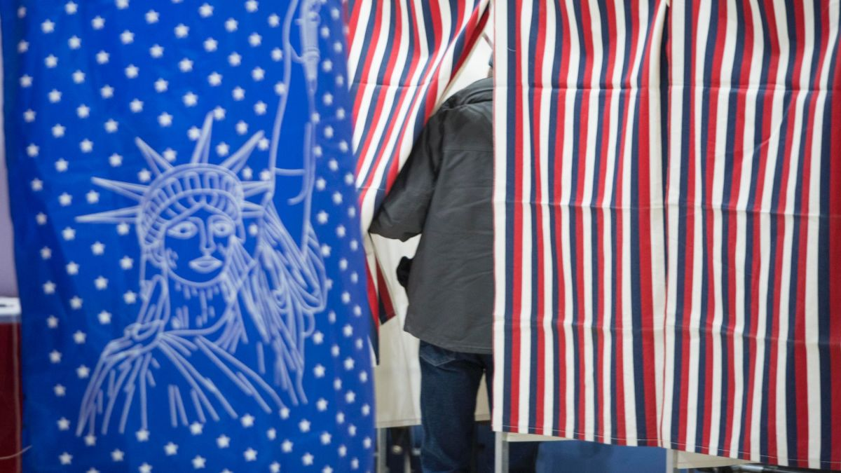 New Texas voter ID law discriminates, federal judge rules