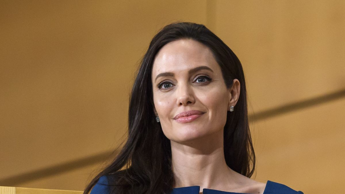 Angelina Jolie Sexi Movie angelina jolie talks divorce, bell's palsy in new interview