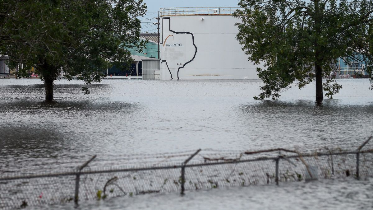 Sewage, fecal bacteria in Hurricane Harvey floodwaters - CNN