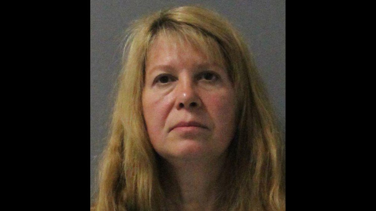Killer clown case: Woman arrested 27 years after fatal shooting - CNN