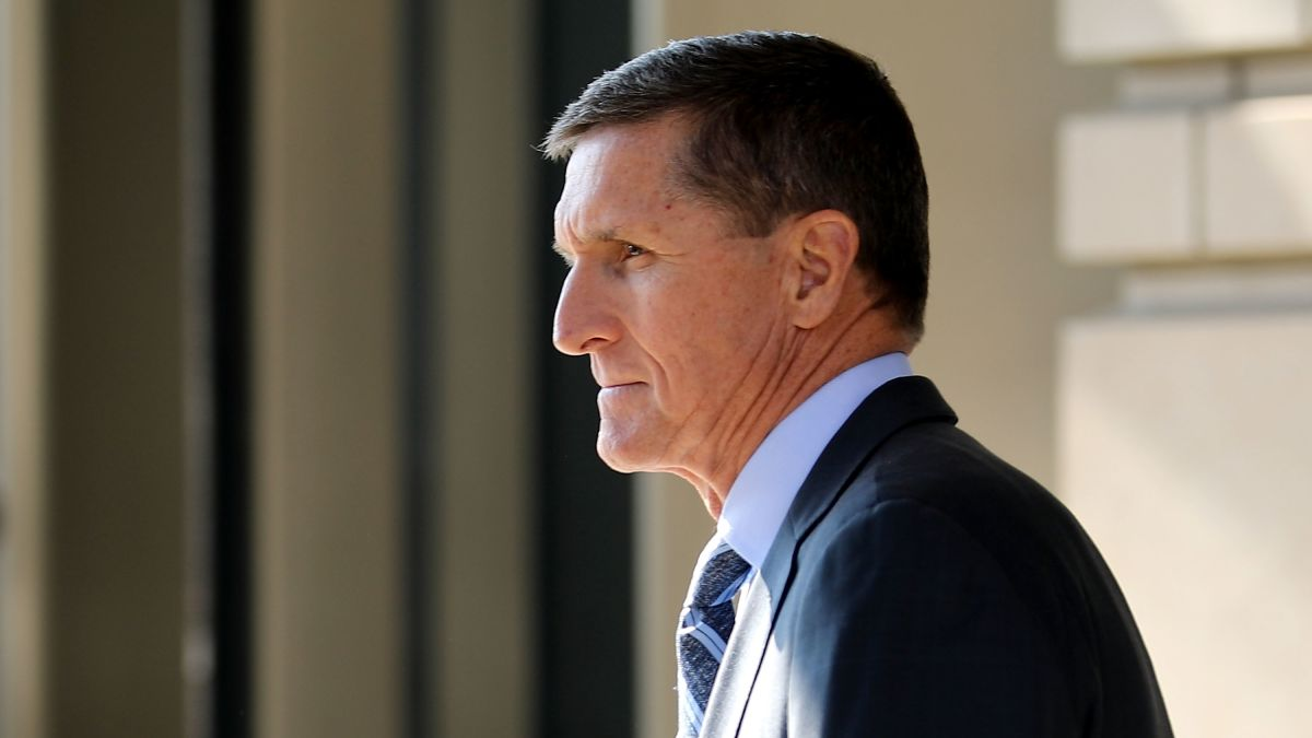 Judge orders Flynn to attend hearing on sentencing delay - CNNPolitics