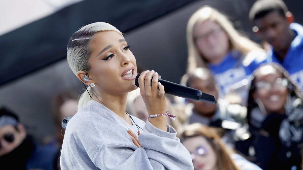 Ariana Grande Releases New Single No Tears Left To Cry Cnn