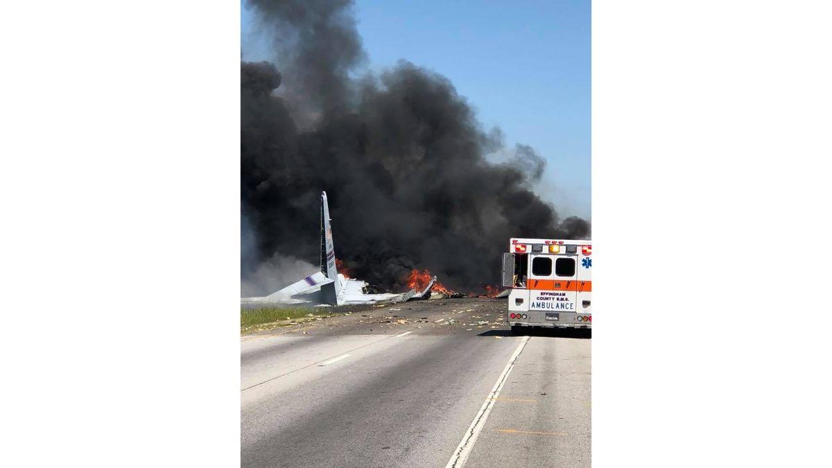 Military cargo plane crashes in Georgia - CNN Video
