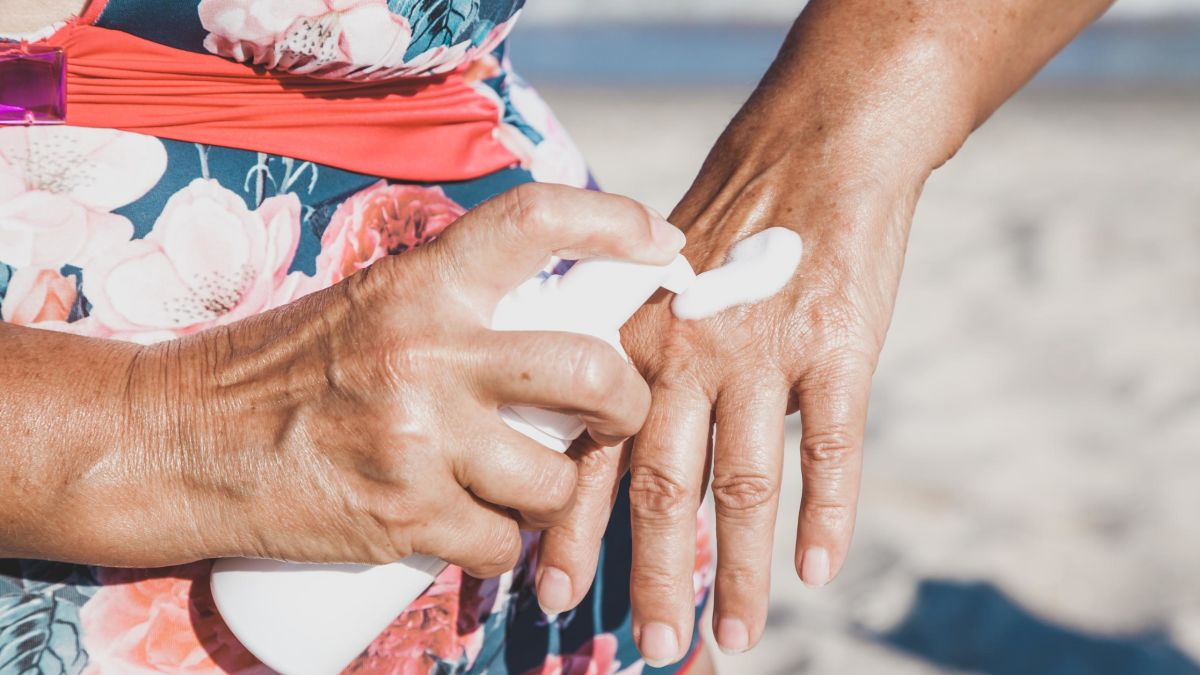 Sunscreen enters bloodstream after just one day of use, study says