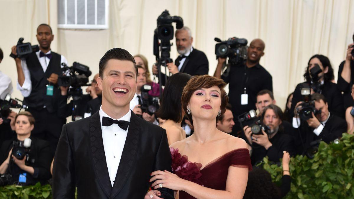 Scarlett Johansson Says Colin Jost S Proposal Was A Whole James Bond Situation Cnn