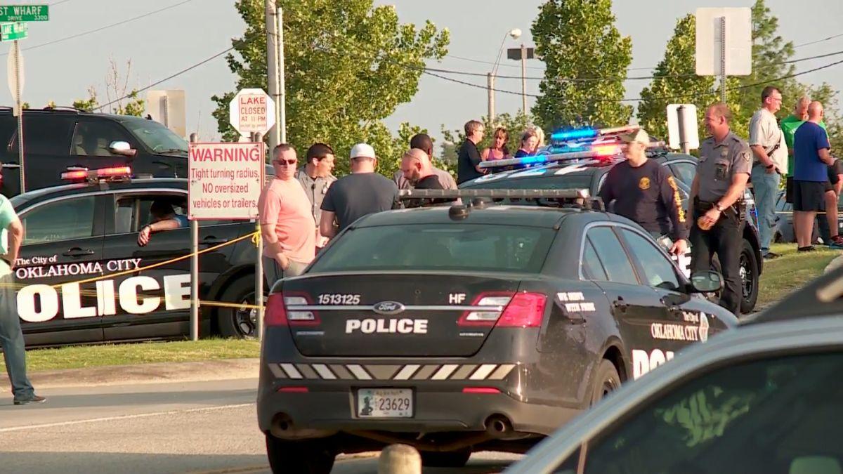 Oklahoma City shooting: Armed bystanders kill restaurant