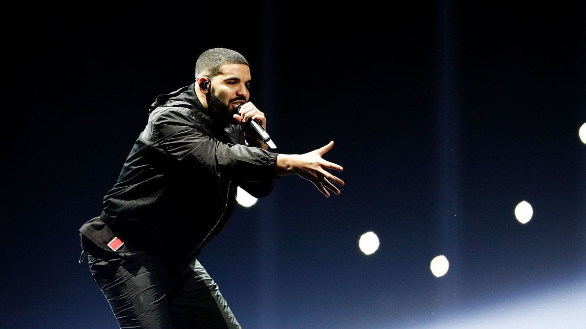 Drake breaks Beatles historic record - CNN