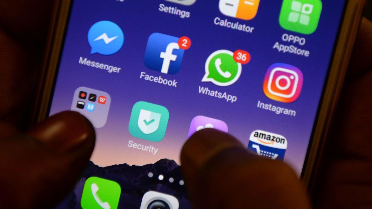 India WhatsApp rumors: 2,000-strong mob kills man, 30