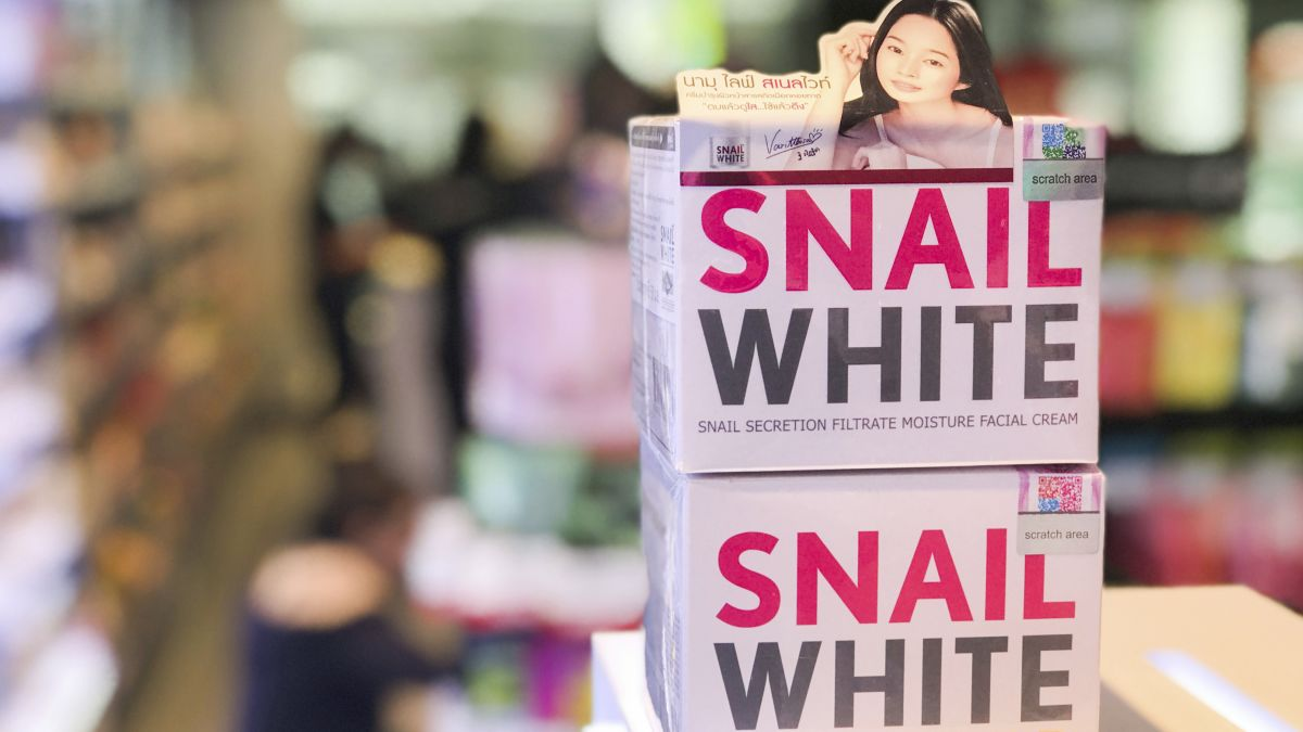 Picture of: Skin Whiteners Are Still In Demand In Asia Despite Health Concerns Cnn
