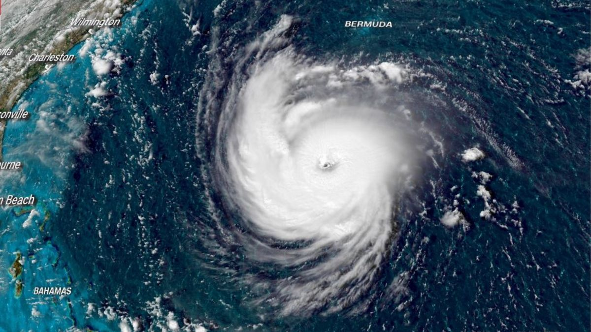 The powerful hurricane Florence hit the USA