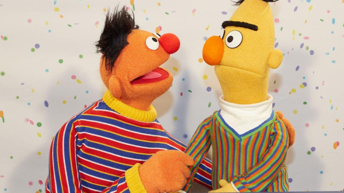 cnn.com - By Sandra Gonzalez, CNN  - Sorry, but Bert and Ernie 'do not have a sexual orientation