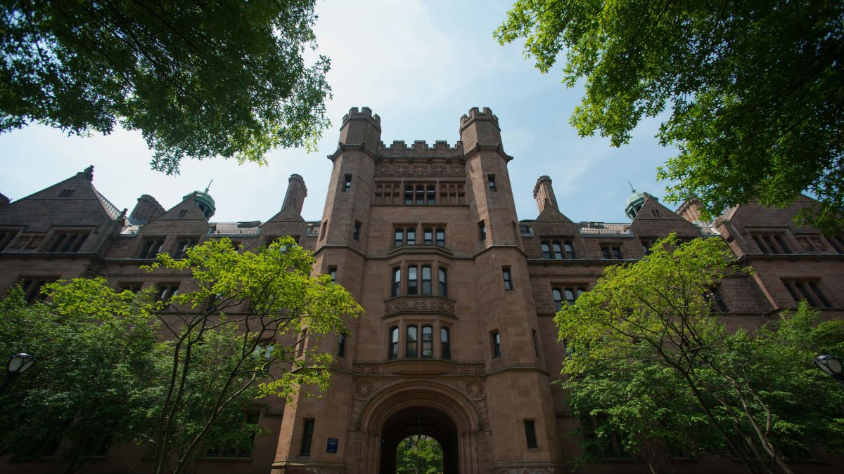 Acceptance rates at top colleges are dropping, raising pressure on