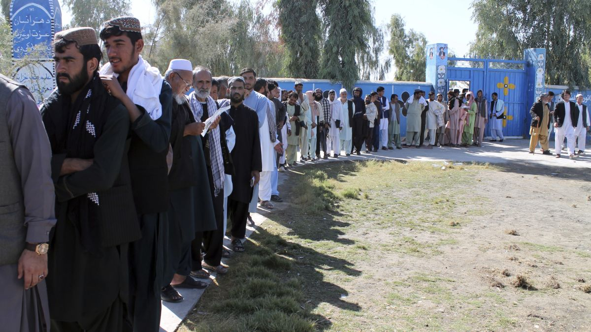 Afghanistan elections: 4 million vote despite violence and