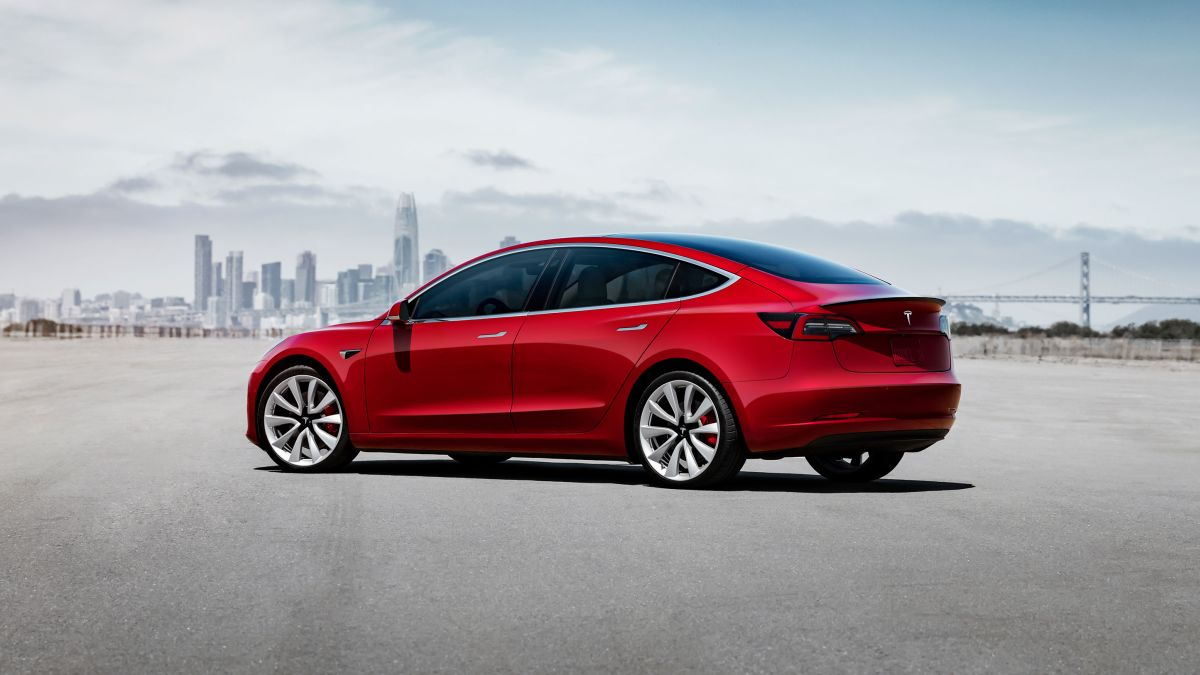 Tesla Slashes Price Of Model 3 Performance Package Cnn