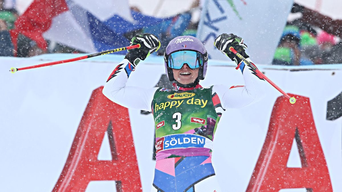 World Cup Skiing: Tessa Worley wins opener in Soelden - CNN