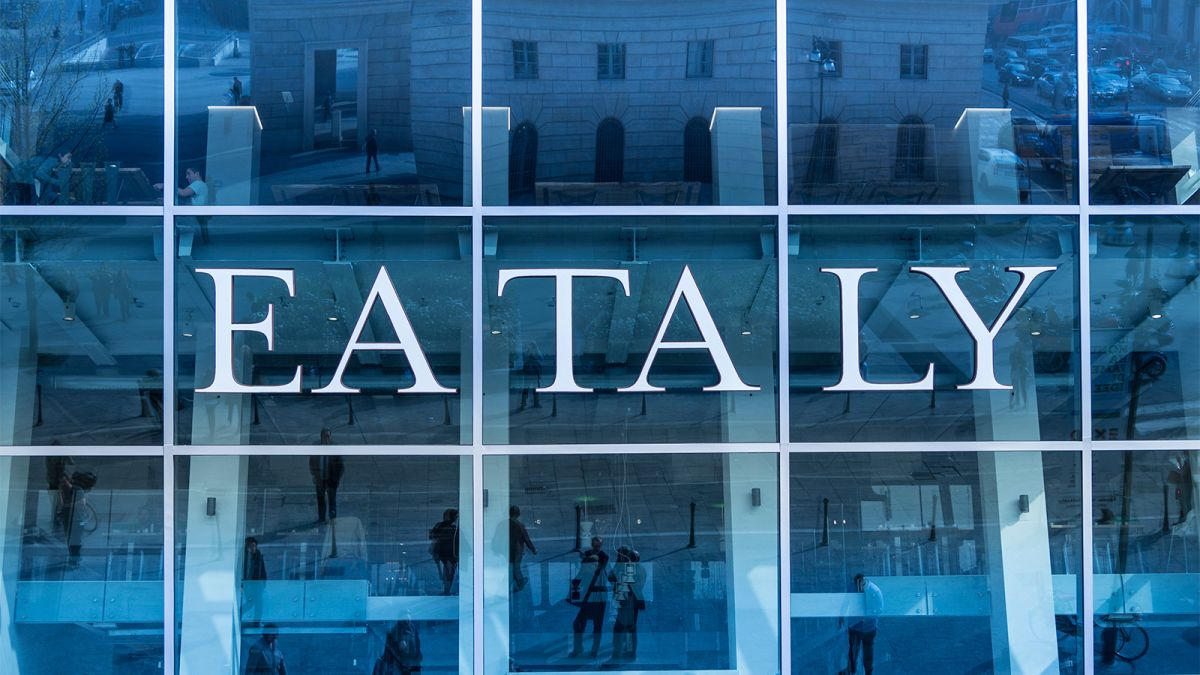Try A Food Hall On Your Next Business Trip Cnn