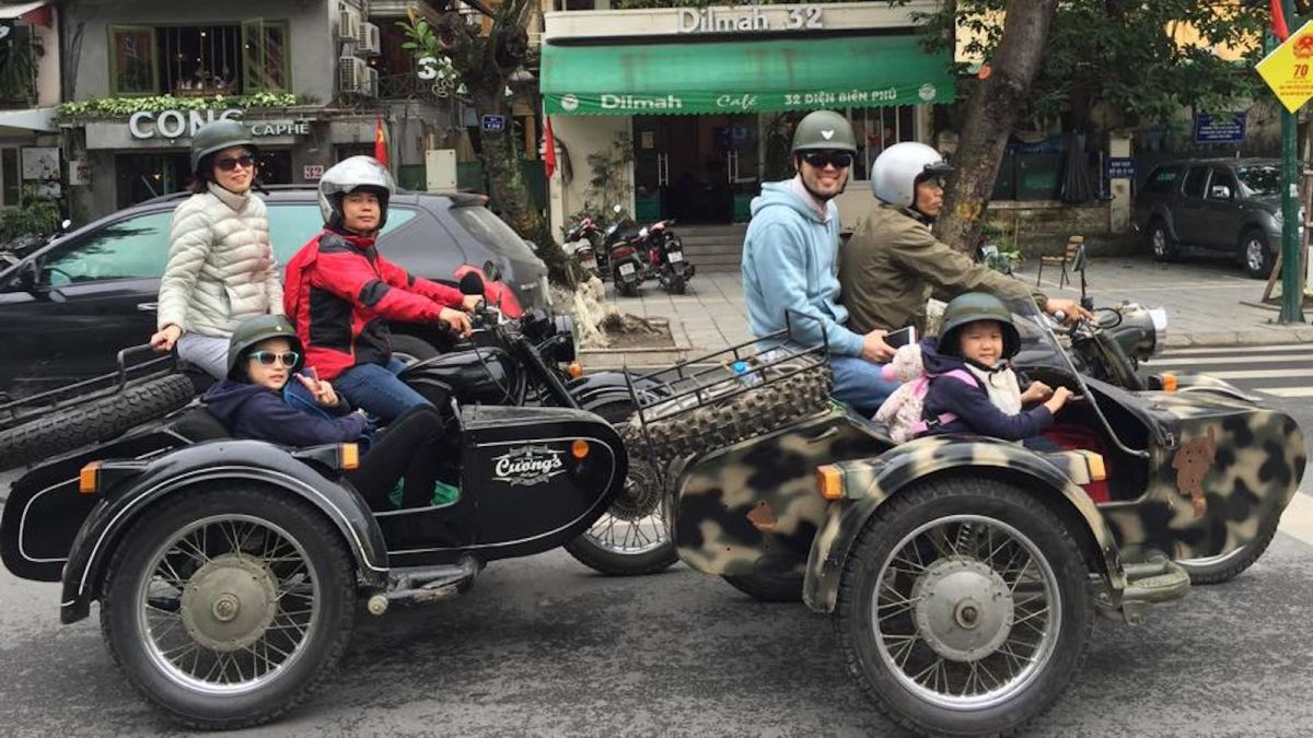 Tour Hanoi in the sidecar of a motorbike