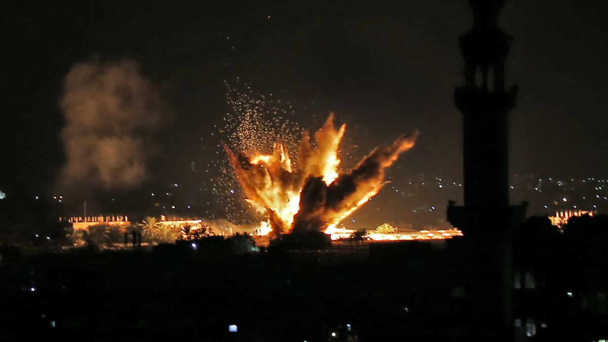 cnn.com - By Oren Liebermann, CNN - Israel-Gaza firefight escalates with no end in sight
