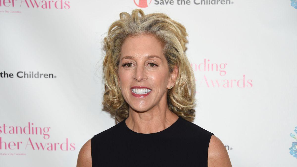 Victoria's Secret CEO resigns - CNN