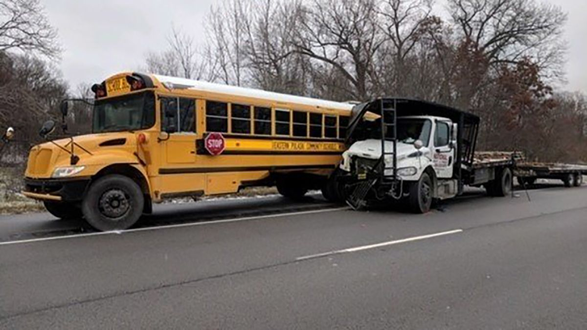 In 3rd deadly bus crash this week, teen killed on way to