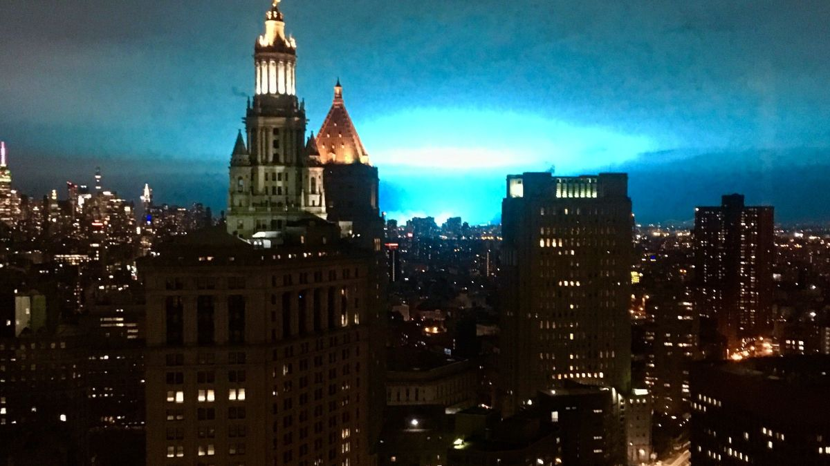 Blue sky in New York City caused by power company mishap - CNN