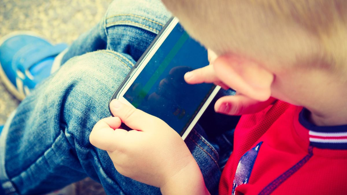 Americas Poorest Toddlers Are Being >> More Screen Time For Toddlers Is Tied To Poorer Development