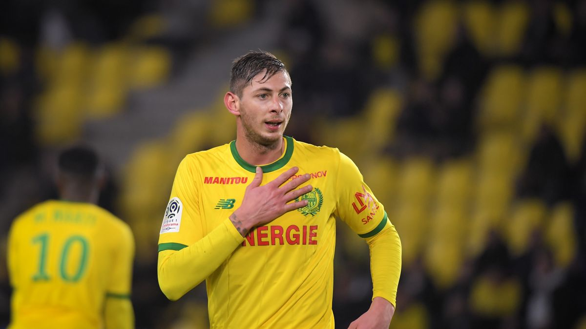 ผลการค้นหารูปภาพสำหรับ Cardiff City told to pay Nantes $6.5 million for Emiliano Sala transfer -- FIFA