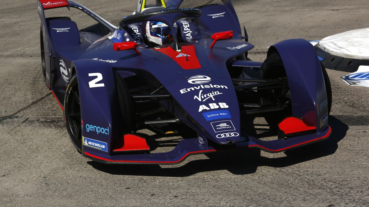 Does Formula 1 need to follow Formula E and switch to electric power